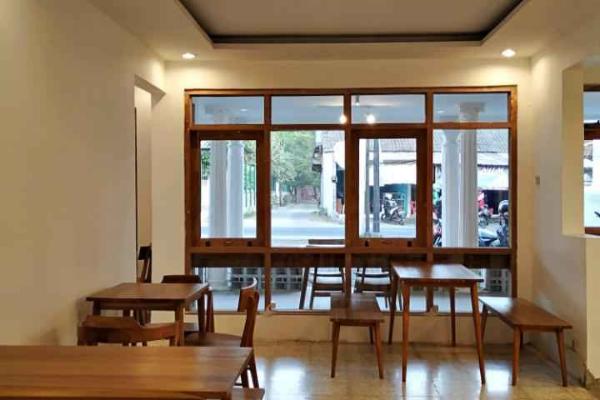 Cafe Tempat Nongkrong